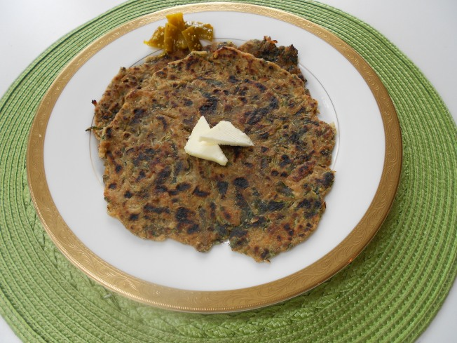 Methi Paratha (Fenugreek Indian Bread/Tortilla)